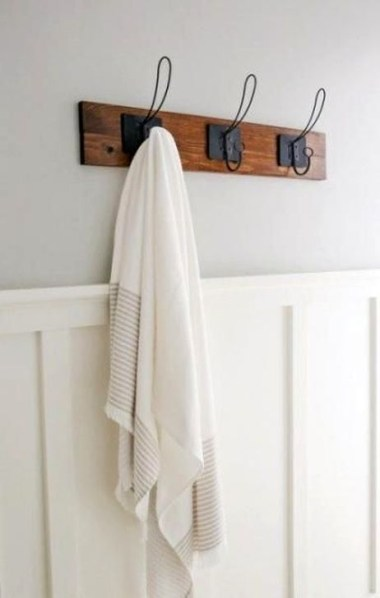 Easy DIY Towel Racks Ideas That You Can Do This 14