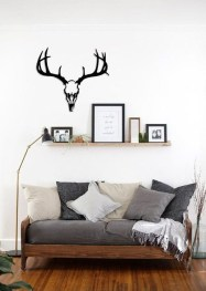 Fabulous Metal Wall Decor Ideas For Your Living Room 35