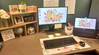 Gorgeous Cubicle Workspace To Make Your Work More Better 13