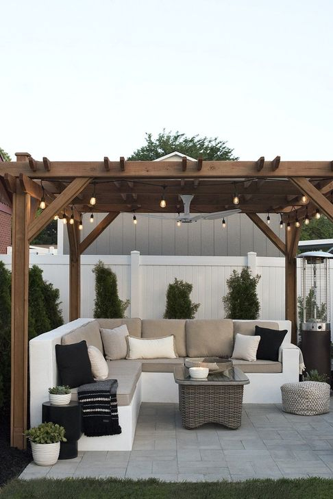 Impressive Seating Area In The Garden For Decoration 02