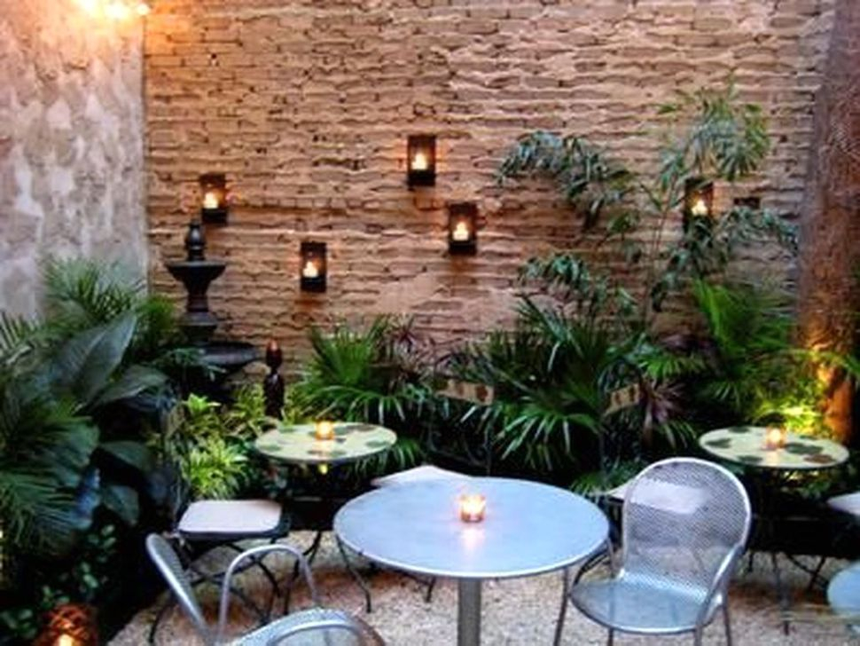 Impressive Seating Area In The Garden For Decoration 50