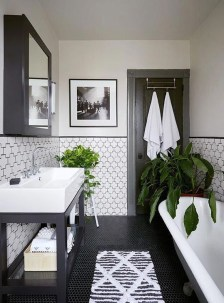 Inspiring Bathroom Design Ideas With Amazing Storage 22