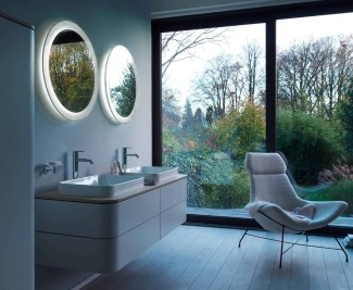 Luxurious Furniture To Upgrade Your Elegant Bathroom 35
