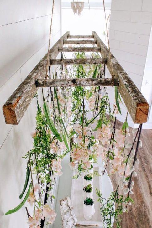 Magnificient Farmhouse Ladder Chandelier Ideas 43