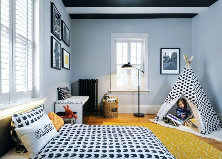Outstanding Striped Ceiling Bedroom Decoration Ideas 08