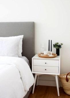Romantic DIY Couple Apartment Decoration Ideas 20