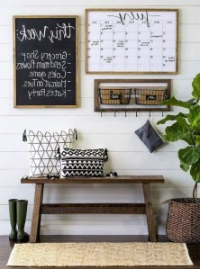 Romantic DIY Couple Apartment Decoration Ideas 32