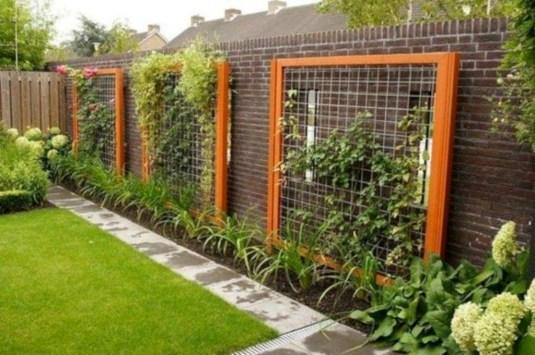 Stunning DIY Garden Bed To Beautify Your Backyard 39