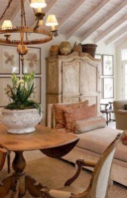 Amazing French Country Living Room Design Ideas For This Fall 11