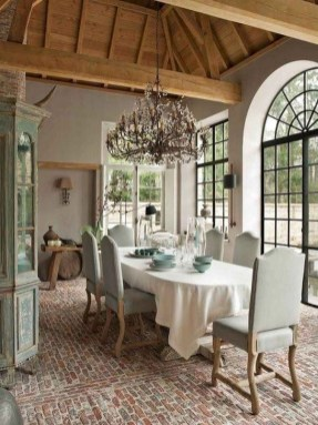 Amazing French Country Living Room Design Ideas For This Fall 33