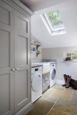 Best Tips To Upgrade Your Laundry Room Design 08