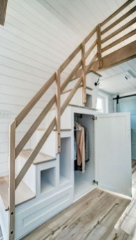 Brilliant Stair Design Ideas For Small Space 40