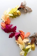 Easy And Simple Fall Garland Decoration Ideas 19