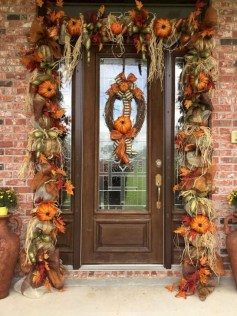 Easy And Simple Fall Garland Decoration Ideas 27