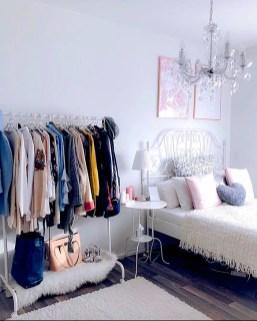 Elegant Wardrobe Design Ideas For Your Small Bedroom 40