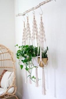 Inspiring DIY Vertical Plant Hanger Ideas For Your Home 08