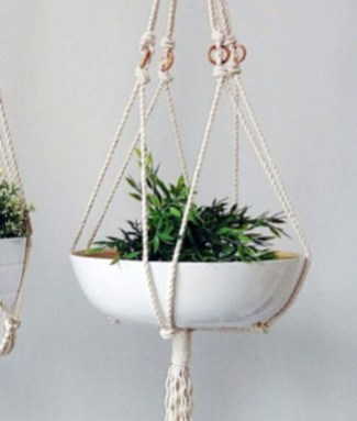Inspiring DIY Vertical Plant Hanger Ideas For Your Home 18