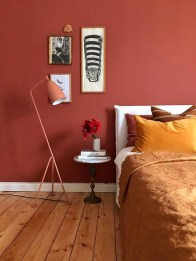 Magnificient Red Bedroom Decorating Ideas For You 41