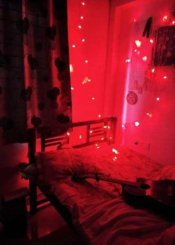 Magnificient Red Bedroom Decorating Ideas For You 44
