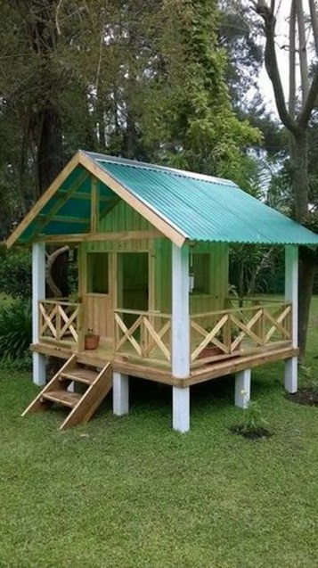 Marvelous Outdoor Playhouses Ideas To Live Childhood Adventures 03