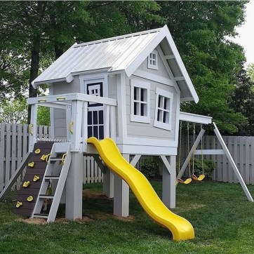 Marvelous Outdoor Playhouses Ideas To Live Childhood Adventures 04