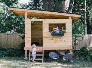 Marvelous Outdoor Playhouses Ideas To Live Childhood Adventures 10