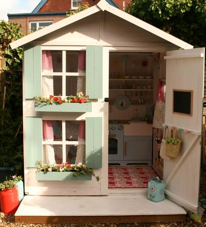 Marvelous Outdoor Playhouses Ideas To Live Childhood Adventures 60