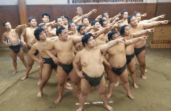 式秀部屋に所属している力士全員(19名)