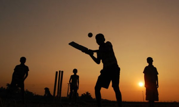 Playing-cricket-at-dusk-i-001