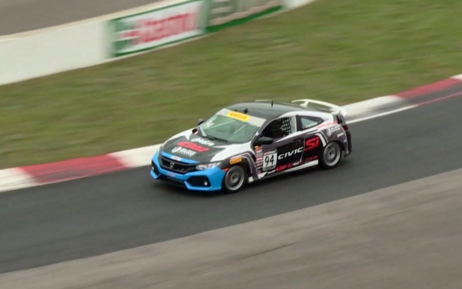 Honda-tech.com 2017 Honda Civic Si PWC Shea Racing Tom O'Gorman crash bumper Pirelli World Challenge PWC