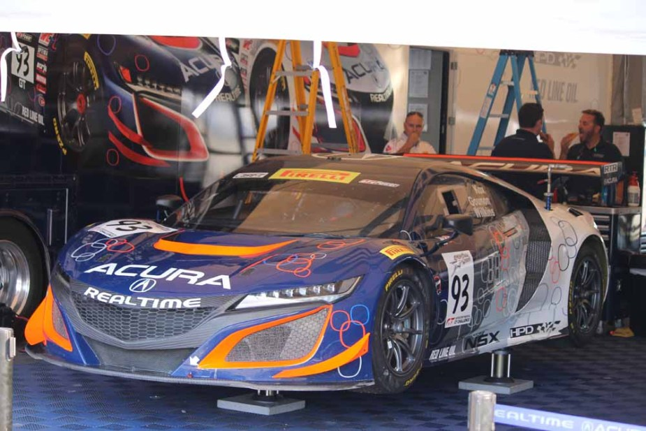 Honda-tech.com 8 Hour Race Laguna Seca RealTime Racing Acura NSX GT3