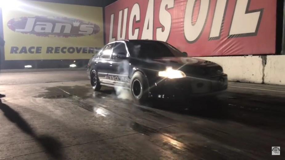 Honda Civic vs Dodge Challenger SRT Demon