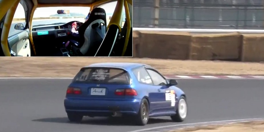 Nostalgic Garage EG6 Honda Civic Type R Tsukuba Circuit