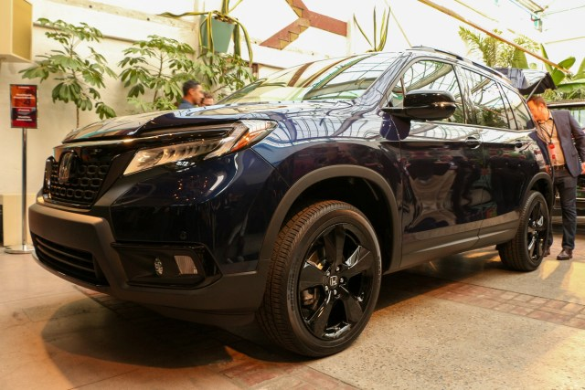 2019 Honda Passport SUV Reveal LA Auto Show Honda-tech.com