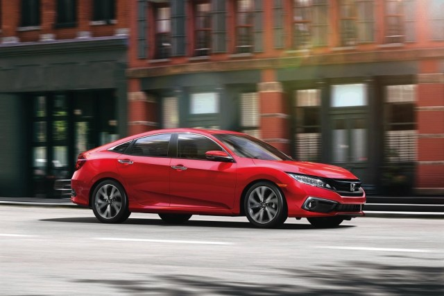 2019 Honda Civic Si Sedan Wins Kelley Blue Book Best Resale Value Award KBB