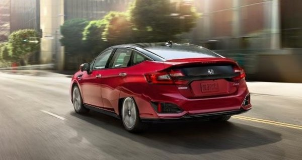 2020-Honda-Clarity-Fuel-Cell-Design