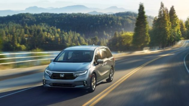 2021-Honda-Odyssey-Brings-New-Exterior-Style-and-Interior-Updates-to-the-NY-Auto-Show