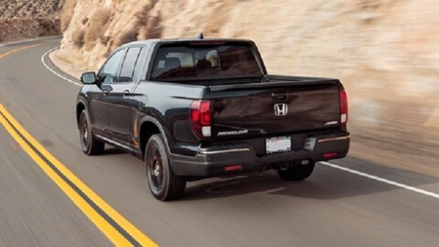 2021 Honda Ridgeline Black Edition rear