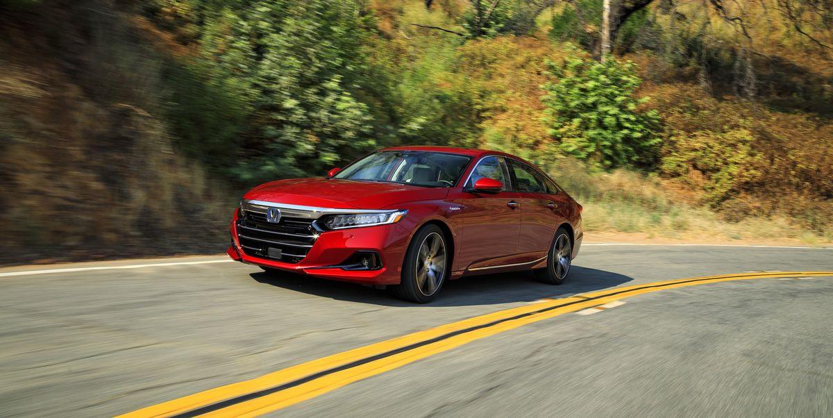 2022 Honda Accord Hybrid Touring front