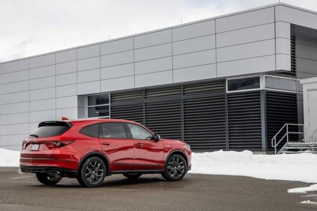 2022 Acura MDX SH-AWD side