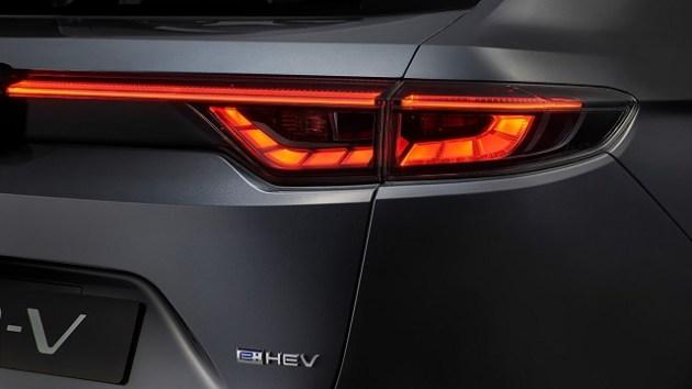 2022 Honda HR-V eHEV taillights