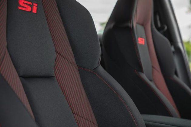 2023 Honda Civic Si interior