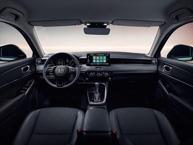 2023 Honda HR-V interior