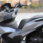 洗練という言葉がよく似合う! 新型『PCX』のスタイリングを細かくチェック【新型バイク直感インプレ!/ Honda PCX 中編】