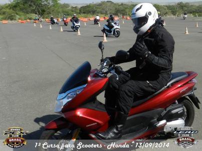 I Curso Fundamental de pilotagem de Scooter_201409 (27)
