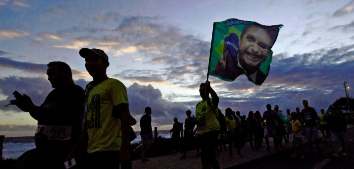 ¿La democracia latinoamericana puede resistir al autoritarismo populista?
