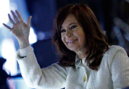 Cristina Fernández de Kirchner a juicio oral: ¿de qué la acusan y qué impacto tiene el tema de la corrupción en la campaña presidencial?