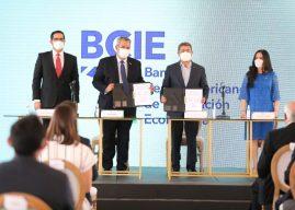 Honduras comprará 2.8 millones de vacunas con financiamiento del BCIE