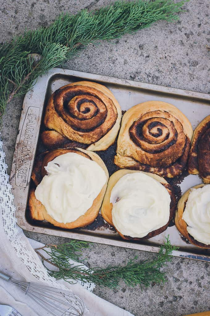 cinnamon-rolls-20