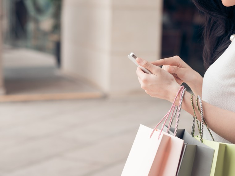 How to manage the online shop bully and keep your sanity